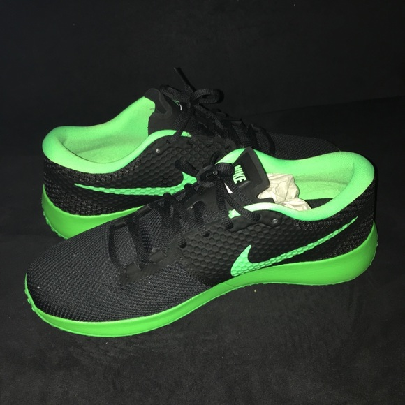 Nike Schuhes   New Zoom Speed Tr2 Sneakers Grün schwarz Grün Sneakers   Poshmark fbdb1a